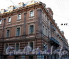 Конногвардейский бул., д. 17 / Замятин пер., д. 4. Доходный дом И.О.Утина. Фасад здания по Конногвардейскому бульвару. Фото июль 2009 г.