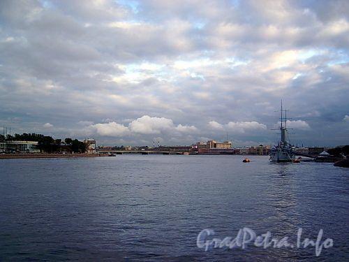 Вид на Неву и Большую Невку с Сампсониевского моста. Фото сентябрь 2004 г.
