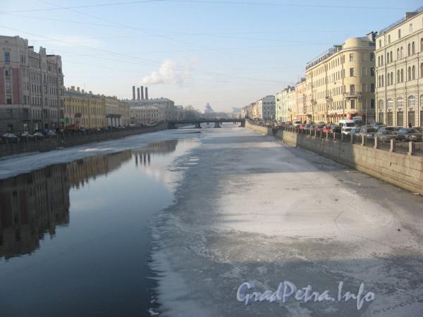 Река Фонтанка между Лештуковым мостом и Семёновским мостом. Фото зима 2009 г.