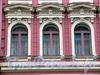 3-я линия В.О., д. 12. Бывший доходный дом. Фрагмент фасада. Фото май 2010 г.