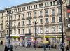 6-я линия В.О., д. 29 / Средний пр., д. 28. Левый корпус по 6-й линии. Фасад здания. Фото апрель 2011 г.