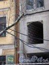 11-я линия В.О., дом 26. Строительство жилого дома. Стык между домами 24 и 26 по 11-й линии В.О. Фото 3 февраля 2013 г.