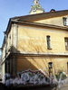8-я линия В.О., д. 63. Фрагмент фасада. Апрель 2009 г.