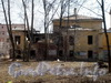 8-ая линия В.О., д. 61. Здание бывшего Благовещенского синодального подворья. Разрушенный дворовый флигель. Фото апрель 2009 г.