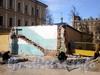 8-я линия В.О., д. 67. Работы по мощению тротуара на месте снесенного дома. Фото апрель 2009 г.