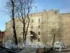9-я линия В.О., д. 70. Брандмауер. Вид со стороны дома 68 по 9-ой линии В.О. Фото апрель 2009 г.