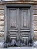 Кожевенная линия, д. 27.  Одна из сохранившихся дверей особняка Брусницыных. Фото октябрь 2009 г.