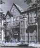 16-я линия В.О., д. 9. Жилой дом Александровской мужской больницы. Фасад здания. Фото 2001 г. (из книги «Историческая застройка Санкт-Петербурга»)