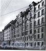 9-я линия В.О., д. 36-38. Комплекс построек табачной фабрики «Лаферм» (Фабрика № 1 объединения им. М. С. Урицкого). Фасады зданий. Фото 1980-х годов (из книги «Историческая застройка Санкт-Петербурга»