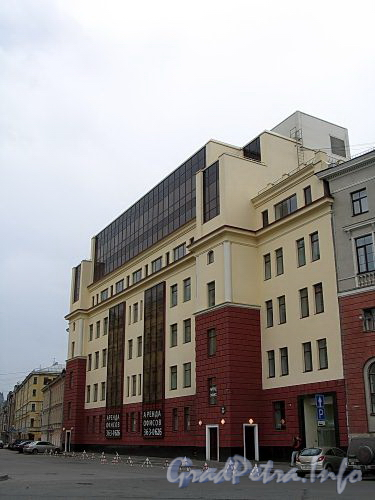 3-я линия В.О., д. 62. Общий вид здания. Фото май 2010 г.