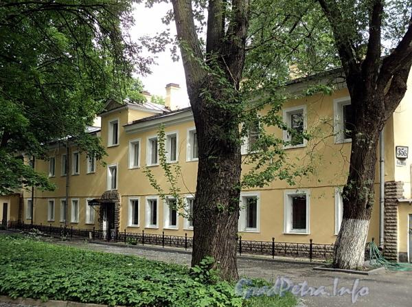 6-я линия В.О., д. 35, лит. Б. Фасад здания. Фото июнь 2010 г.