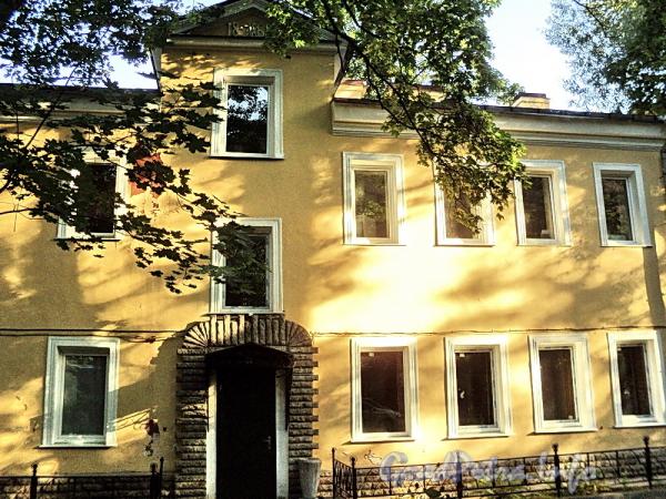 6-я линия В.О., д. 35, лит. Б. Фрагмент фасада. Фото август 2010 г.