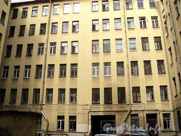 6-я линия В.О., д. 41. Дворовый корпус. Фото июнь 2010 г.