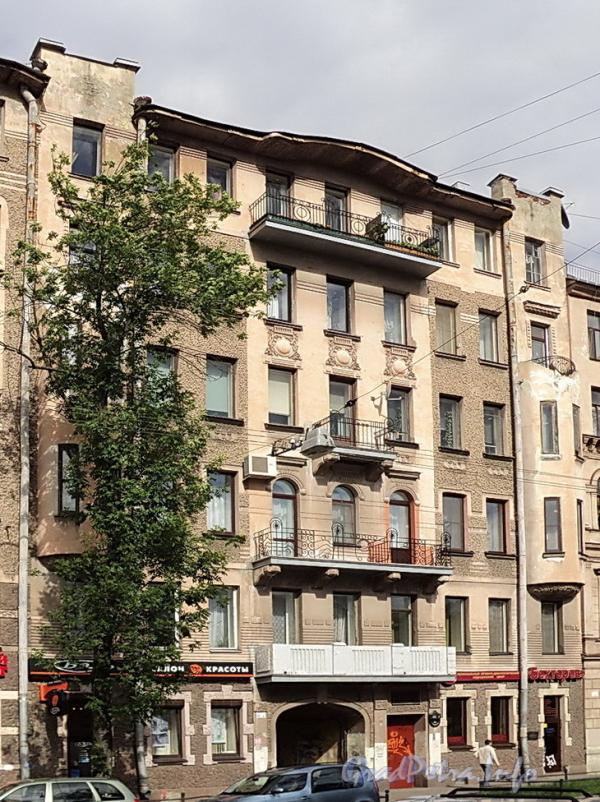 6-я линия В.О., д. 41. Фасад правой части здания. Фото июнь 2010 г.