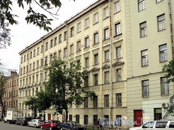 6-я линия В.О., д. 49. Фасад здания. Фото июнь 2010 г.