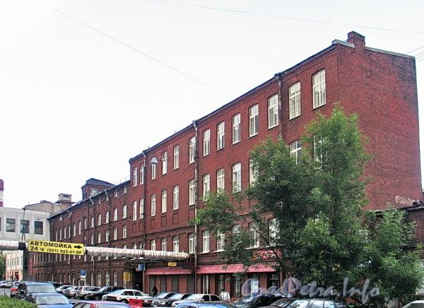 Дома 59-63 по 6-й линии В.О. Фото август 2010 г.