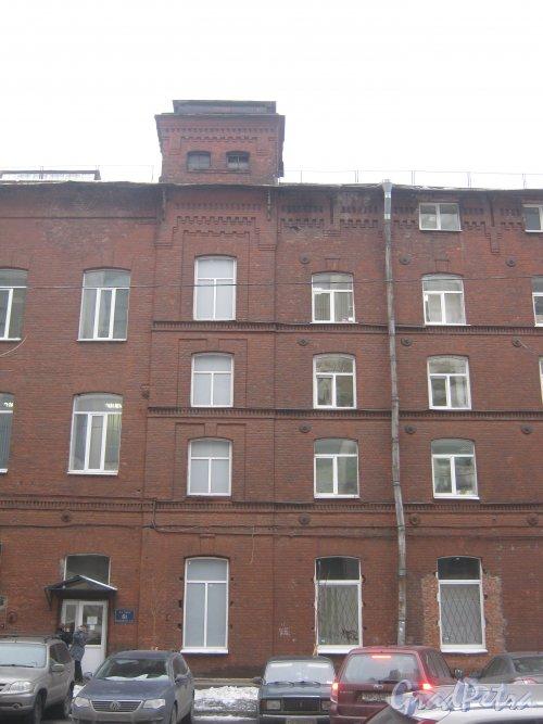 6-я линия В.О., дом 61. Общий вид с 7-й линии В.О. Фото 12 февраля 2013 г.