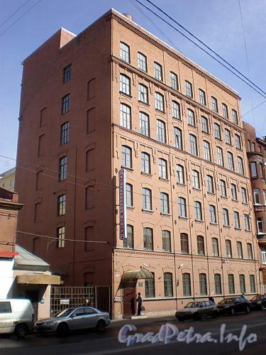 8-я линия В.О., д. 77. Бывшее здание фортепианной фирмы «Я.Беккер». Общий вид здания. Апрель 2009 г.