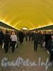 Станция метро «Василеостровская». Перронный зал. Фото 2003 г.