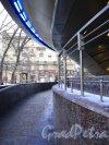 Станция метро «Горьковская». Пандус наземного павильона. Фото 2 февраля 2013 г.