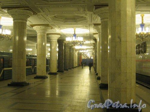 Станция метро «Автово». Платформа подземного вестибюля. Фото 20 ноября 2012 г.