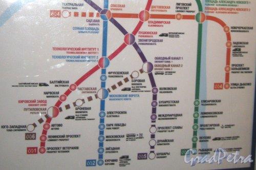 Красносельско-Калининская (шестая) линия метрополитена. Фото 28 декабря 2012 г.