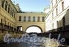 Перспектива на Эрмитажный мост с Зимней канавки. Фото июнь 2010 г.