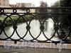 Фрагмент ограды Смоленского моста. Фото июнь 2010 г.