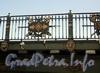 Фрагмент ограждения Пантелеймоновского моста. Фото июнь 2010 г.