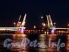 Разведенный Благовещенский мост. Фото июль 2011 г.