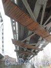 Железнодорожный мост Финляндской железной дороги на пересечение Лесного проспекта и Литовской улицы. Ферма моста. Фото 25 ноября 2012 г.