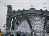 Въезд на Большеохтинский («Петра Великого») мост со стороны Тульской улицы.