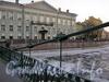 Ограда и цепь Почтамтского моста. Фото апрель 2005 г.