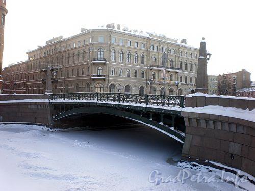Поцелуев мост через реку Мойку. Фото январь 2010 г.