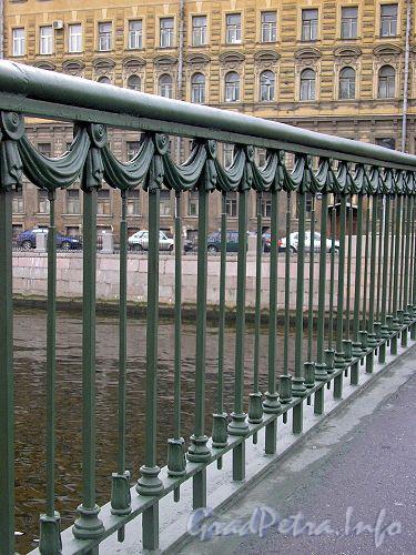 Ограда Лештукова моста