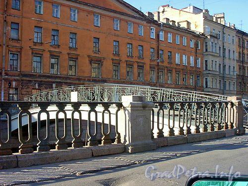 Вид на Мучной мост от Мучного переулка
