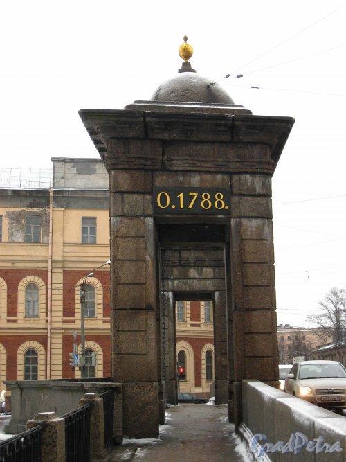 Старо-Калинкин мост. Башня моста. Фото февраль 2013 г.