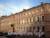 Наб. канала Грибоедова, д. 62 / Кокушкин пер., д. 2. Дом Н. Семенова. Фасад здания по набережной. Фото август 2009 г.