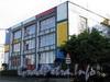 Наб. реки Мойки, д. 102. Хостел «Graffiti» после проведения ежегодного фестиваля «ГРАФФИТИ АРТ-ФЕСТ». Общий вид здания. Фото сентябрь 2009 г.