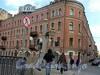 Наб. реки Фонтанки, д. 66 / ул. Ломоносова, д. 12. Доходный дом М. П. Кудрявцевой. Общий вид здания. Фото 2004 г.
