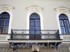Наб. реки Мойки, д. 84. Доходный дом Касаткина-Ростовского. Фрагмент фасада здания. Фото июнь 2010 г.