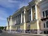 Английская наб., д. 2 / Сенатская пл., д. 1. Здание Сената (Конституционного суда). Фасад по набережной. Фото июнь 2010 г.