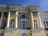 Английская наб., д. 2. Здание Сената (Конституционного суда). Фрагмент фасада. Фото июнь 2010 г.