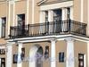 Английская наб., д. 26. Балкон портика. Фото июнь 2010 г.