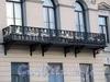 Английская наб., д. 50. Решетка балкона. Фото июнь 2010 г.
