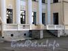 Песочная наб., д. 10. Особняк М. А. Новинской и B. А. Засецкой. Открытая терраса с балюстрадой. Фото сентябрь 2010 г.