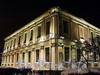 Университетская наб., д. 15. Левое крыло. Ночная подсветка фасада здания. Фото январь 2011 г.