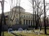 Наб. Малой Невки, д. 11. Восточный фасад здания. Фото апрель 2011 г.