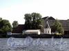 Английская наб., д. 76. Часовня храма «Спас на водах». Вид со стороны Невы. Фото июнь 2011 г.