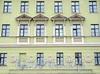 Наб. Робеспьера, д. 18. Фрагмент фасада. Фото ноябрь 2011 г.